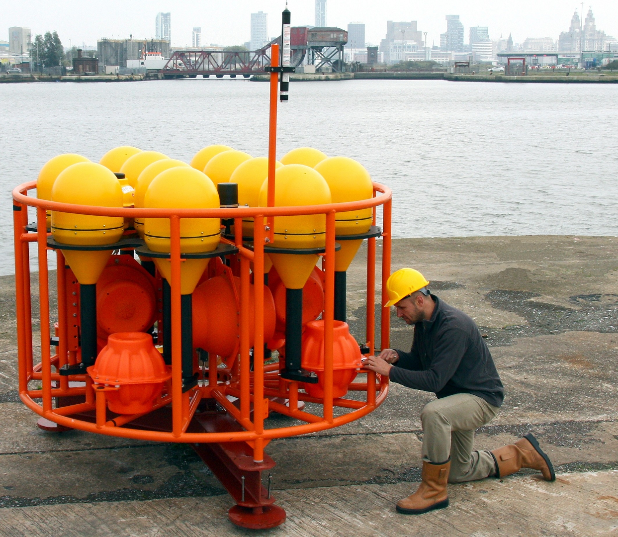 MYRTLE-X is capable of staying on the seabed for over 10 years at depths of up to 6000 metres
