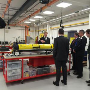 Jo Johnson visits the Marine Robotics Innovation Centre