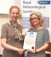Dr Elizabeth Kent being presented with the Adrian Gill Prize by Professor Joanna Haigh, President of the RMS
