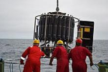 Deploying the conductivity, temperature and depth (CTD) sensor array