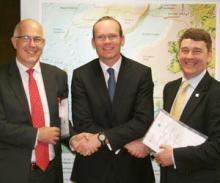 Prof Ian Wright, Simon Coveney TD and Dr Peter Heffernan