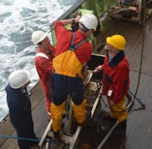 Henry Ruhl, Dave White, Brian Bett (NOC), Gordon Paterson (NHM) prepare the box corer for deployment